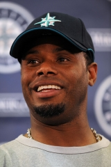 Ken+Griffey+Jr+Press+Conference+DRjUf9p_4ePl.jpg